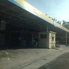 Photo taken at CycloneWash BHP Tmn Connaught by Arif on 12/11/2013