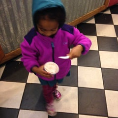 Photo taken at Ben & Jerry's by Keisha W. on 12/31/2013