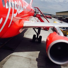 Photo taken at Low Cost Carrier Terminal (LCCT) by Chrystian T. on 9/29/2013