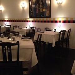 Photo taken at Papajin Chinese & Sushi Bar by Rafael (Ricky) R. on 10/24/2012