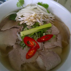 Photo taken at Pho 24 by cien on 2/4/2013