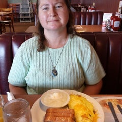 Photo taken at Denny's by Chris on 9/10/2013