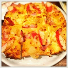 Photo taken at The Pizza Company (เดอะ พิซซ่า คอมปะนี) by MeLoVe on 9/30/2014