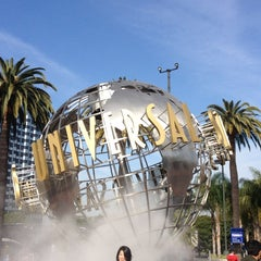Photo taken at Universal Studios Hollywood Globe and Fountain by Ana Flávia L. on 3/25/2013