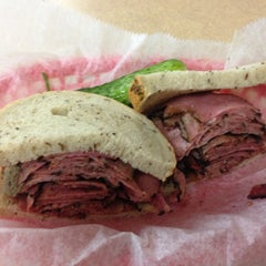 Photo taken at Pomperdale New York Style Deli by Foodporn1 on 10/18/2012