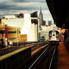 Photo taken at MTA Subway - 33rd St/Rawson St (7) by Rebecca W. on 5/20/2015
