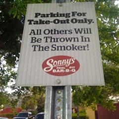 Photo taken at Sonny's BBQ by Michael F. on 3/10/2014