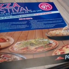 Photo taken at Pizza Hut by Fabio L. on 9/17/2014