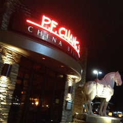 Photo taken at P.F. Chang's by 👑 JoAnne R. on 12/23/2012