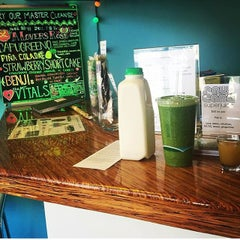 Photo taken at Raw Cane Super Juice by Cheng K. on 7/14/2015