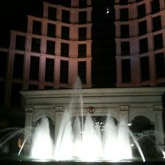 Photo taken at Horseshoe Casino & Hotel by Brenda S. on 11/28/2012