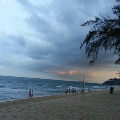 Photo taken at Bayview Beach Resort by Ron A. on 5/9/2014