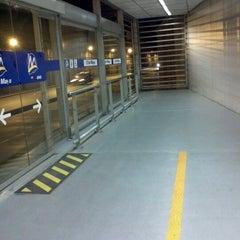 Photo taken at Estación 2 de Mayo - Metropolitano by Emanuel S. on 9/24/2012