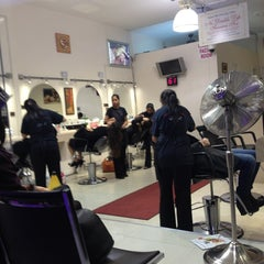 Photo taken at Unique threading salon by TahRaySa X. on 1/10/2013