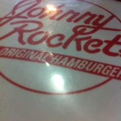 Photo taken at Johnny Rockets by Steve O. on 10/6/2012