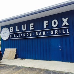 Photo taken at Blue Fox Billiards Bar & Grill by Rich H. on 5/19/2015