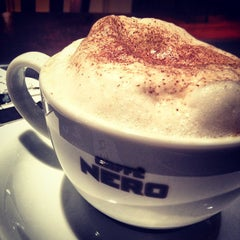 Photo taken at Caffè Nero by Zehra M. Ç. on 10/8/2012