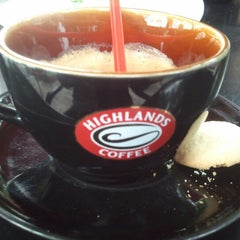Photo taken at Highlands Coffee by S D. on 12/23/2012