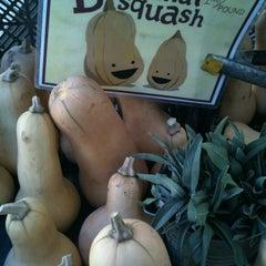 Photo taken at Downtown Berkeley Farmers Market by Elle C. on 11/10/2012
