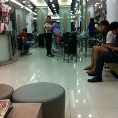 Photo taken at Nui Salon by Magicping P. on 6/3/2014