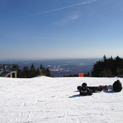 Photo taken at Mount Snow Summit Lodge by Craig C. on 2/10/2012