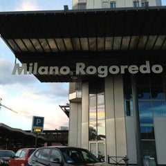 Photo taken at Stazione Milano Rogoredo by Giovanni on 5/31/2013