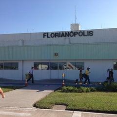 Photo taken at Aeroporto Internacional de Florianópolis / Hercílio Luz (FLN) by Bruno A. on 3/24/2013