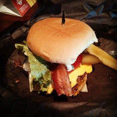 Photo taken at Frat Burger by Wilter Y. on 6/27/2013