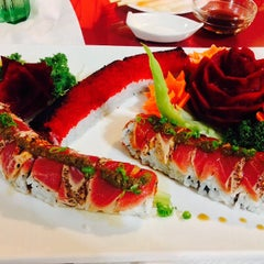 Photo taken at Fuji Sushi House by Jonathan A. on 10/2/2014