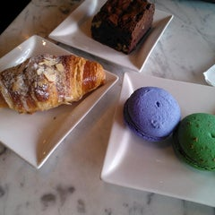 Photo taken at Vanilla Moon Bakery by Utopiya on 12/6/2014