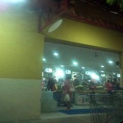 Foto tirada no(a) Hiper Econômico por Filial S. em 10/6/2012