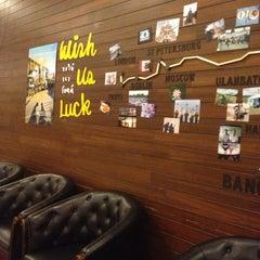 Photo taken at House (เฮ้าส์) by Pang T. on 2/28/2013