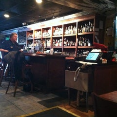 Photo taken at Joe Squared Pizza & Bar by Wendy Simmons on 10/20/2012