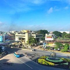 Photo taken at Pasar Cinde by Cahya Y. R. on 5/16/2015