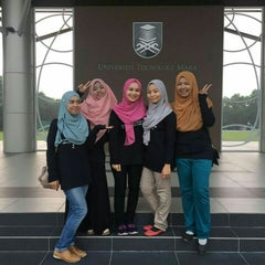 Photo taken at Universiti Teknologi MARA (UiTM) by Kyra A. on 4/25/2016