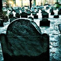 Photo taken at King's Chapel Burying Ground by Klari ❤(•͡.̮ ~͡) on 12/27/2012