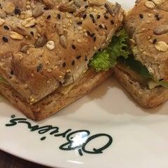 Photo taken at O'Briens Irish Sandwich Bar by Лизочка Т. on 10/11/2015
