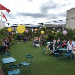 Photo taken at John Lewis Roof Garden by Rob W. on 7/19/2015
