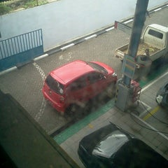 Photo taken at PT.BOSOWA BERLIAN MOTOR,MITSUBISHI by Chenny J. on 1/11/2013
