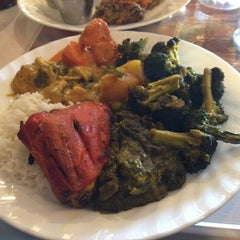 Photo taken at Bombay Indian Restaurant by Rolandito L. on 1/21/2013