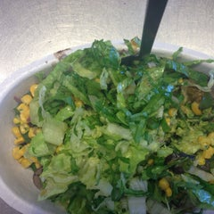 Photo taken at Chipotle Mexican Grill by Hannah J. on 4/5/2014