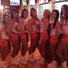 Photo taken at Hooters Siegen Lane by Krista H. on 7/28/2013
