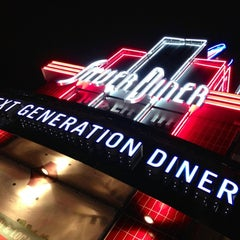 Photo taken at Silver Diner by Calvin A. on 10/27/2012