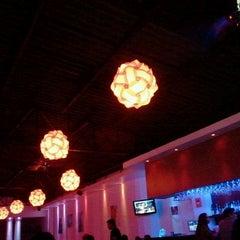 Photo taken at Arena Restaurante & Bar by Rogelio M. on 3/21/2013