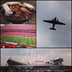 Photo taken at Arrowhead Stadium by Brent S. on 9/15/2013