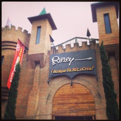 Photo taken at Museo Ripley by ana B. on 3/31/2013