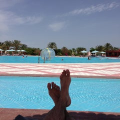 Photo taken at Sonesta Pharaoh Beach Resort by Nikitos on 4/2/2013