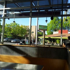 Photo taken at Chipotle Mexican Grill by najlaa a. on 4/14/2014