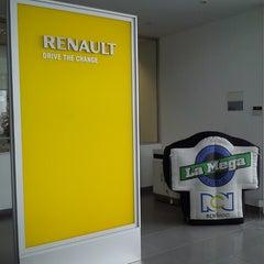 Photo taken at Renault Caldas Motor by Laura C. on 3/21/2013