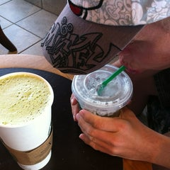 Photo taken at Starbucks by Len ❤. on 9/30/2012